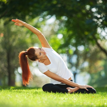 yoga dans le jardin