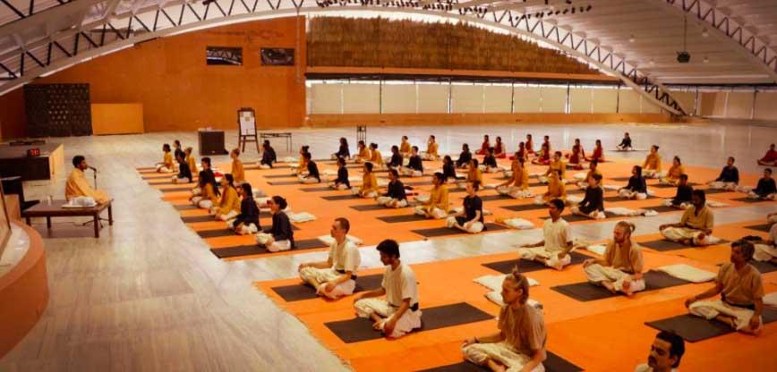 école de hatha yoga et méditation à Lyon